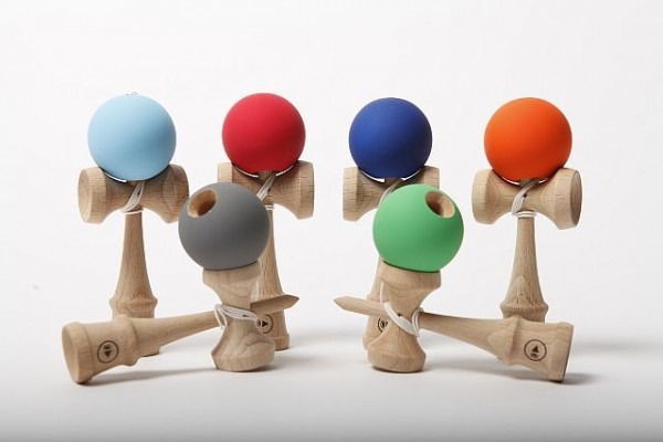 Mini Kendama - Play Pocket Kendama Grip II K water - blauer Ball